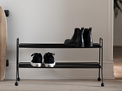 shhoe_shelf